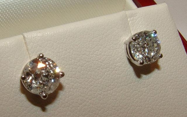Platinum 2.51 ct. F VVS1 round diamonds stud ear rings