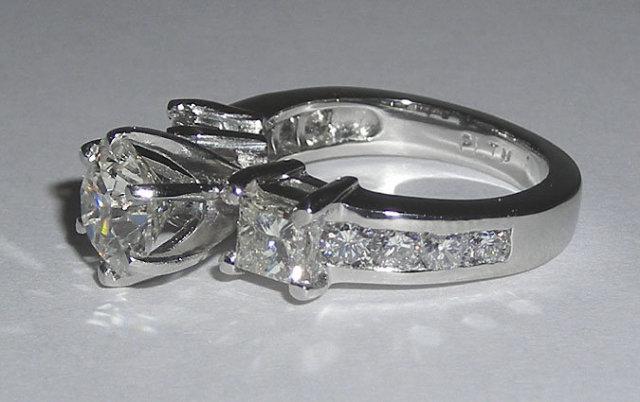 5.01 carats gold diamond ring real genuine diamonds