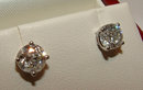 Gorgeous big platinum stud earrings diamond 4.02 CARATS