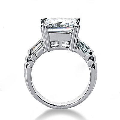 Big diamond ring 4.5 Ct. diamond gold engagement ring