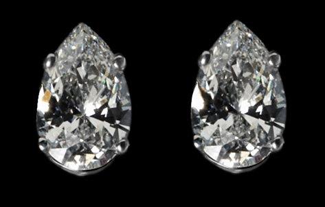 6 carats Diamonds stud earring pear cut gold ear rings