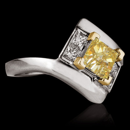 1.51 ct. yellow canary princess cut diamonds ring gold