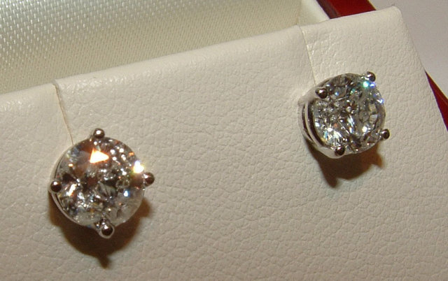 1.80 CARATS F VVS1 diamonds platinum round earrings