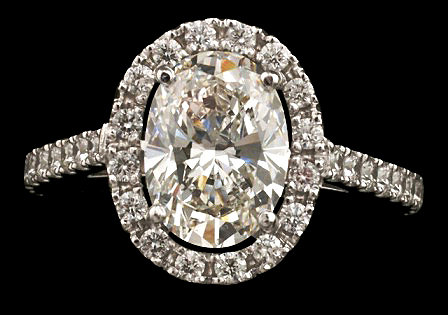 3.25 ct. oval center halo diamond wedding ring gold