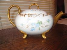 T & V Limoges footed tea set