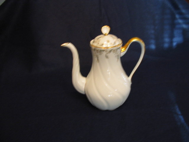 LIMOGES TEA POT