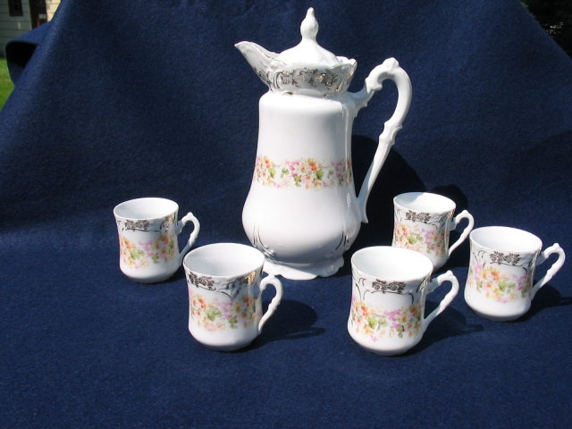 BAVARIAN CHOCOLATE POT SET