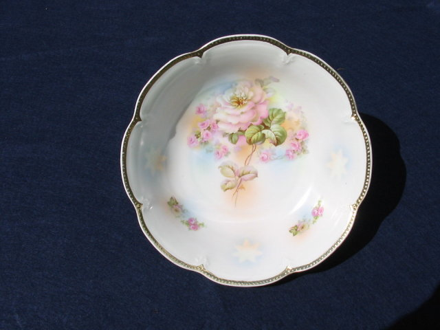 VICTORIAN ROSE BOWL