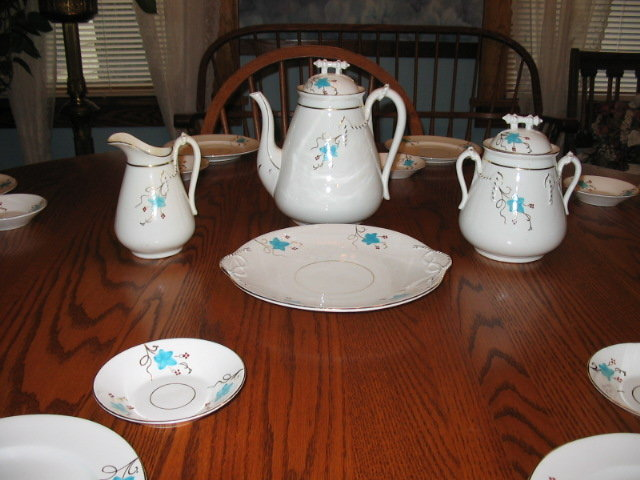EARLY HAVILAND  LIMOGES DESSERT SET