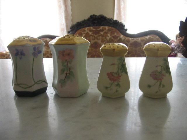HAND PAINTED C S PRUSSIA SALT AND PEPPER