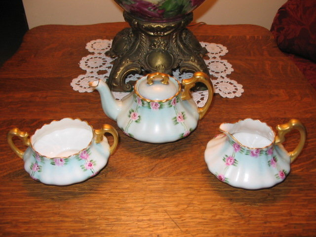 T. &  V. LIMOGES H. PAINTED TEA SET