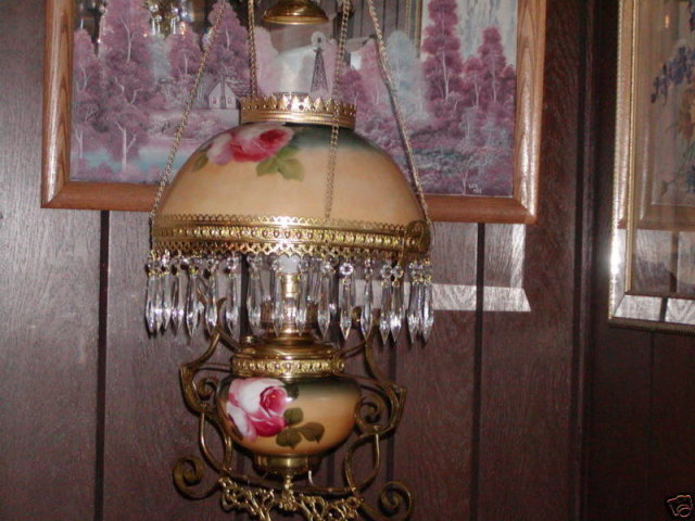 PITTSBURGH  ROSES HANGING VIC. LAMP