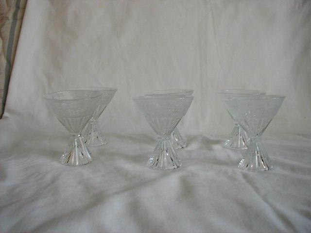 New Martinsville Birds and Branches set of 6 double cone-shaped cocktails