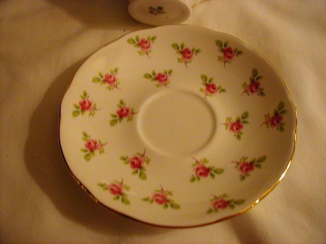 Duchess Cup and saucer, tiny roses