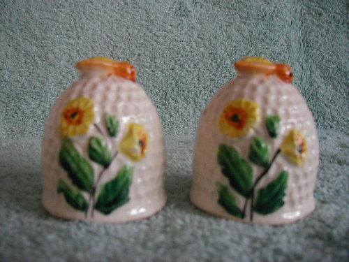 Bee Hive Salt and Pepper Shakers