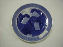 Christmas plate, 1922, Three Singing Angels