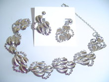 SS OPEN LEAF DESIGN  BRACELET & EARRINGS SET