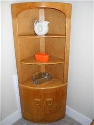 Fantastic Collectible Heywood Wakefield Corner Cabinet Shelf. Mint Condition