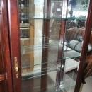 Fine Queen Anne Style Jasper Cherry Lighted Curio Cabinet $2500