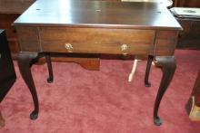 Antique Mahogany Queen Anne Style Spinet Desk Circa 1890