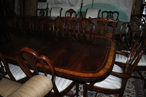American Large Flaming Mahogany Dining or Conference Table, 10ft. Clipped, Scalloped $10,000 LH-12-10-2L