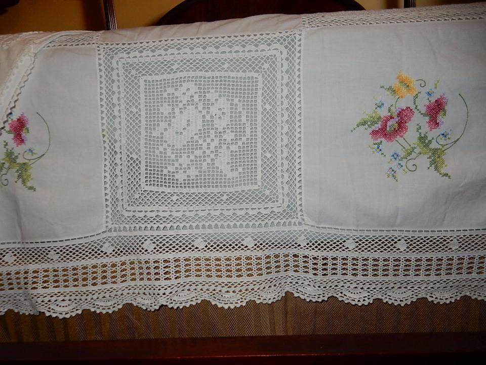 Gorgeous, Vintage, Hand Sewn,Linen,Crotchet Lace,Needlepoint, 6 Piece King Size Bedding Set