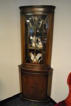 Antique Formal Mahogany Corner Cabinet Circa 1940 Oval Inlay