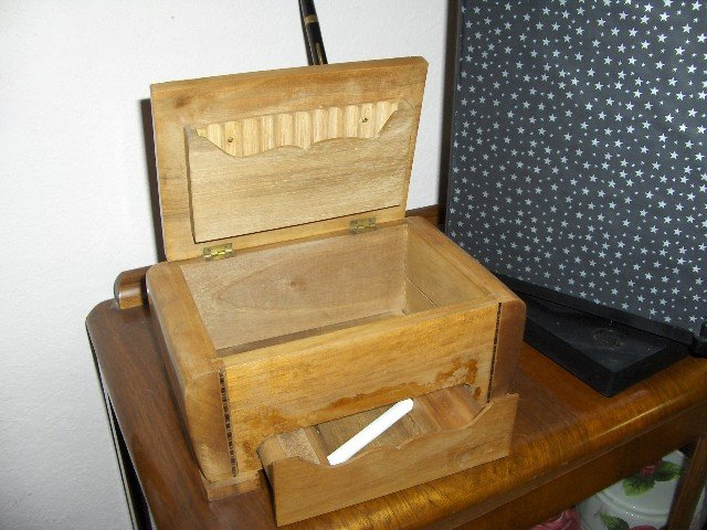 Table Top  Ceder Cigarette Box/Calendar/Ink