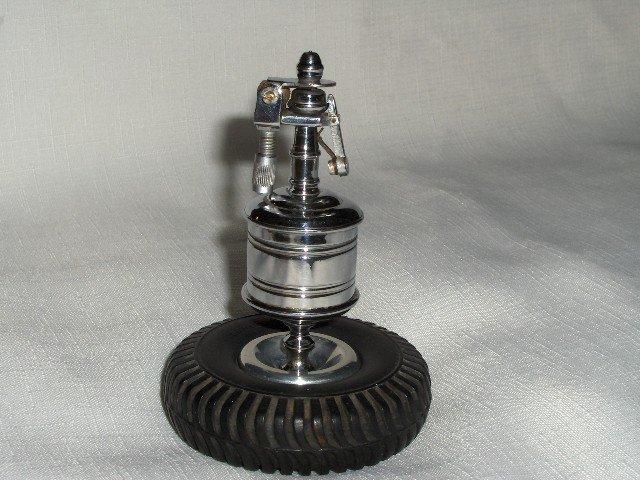 Dunlop Tire/Eclair  Table Lighter