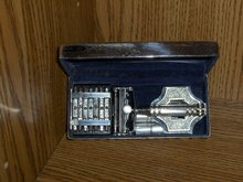 Art  Deco Cased Wilkinson Sword 7 Day Razor
