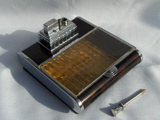 Rare  Art Deco Ronson Touch Tip Cigarette Box