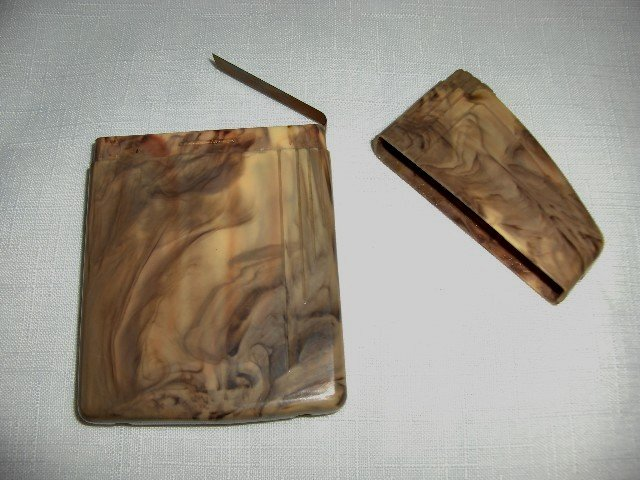 Marbled Lucite Cigarette Case
