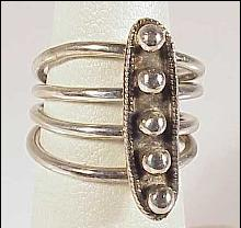 Sterling Silver 4 Band Ring Elongated Oval Top Beads Balls Connected Size 5 1/4