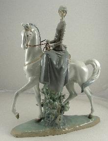 Lladro Female Equestrian #01014516 Fulgencio Garcia Sculptor 1969-1991 Retired