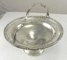 Vintage Elgin Silver Co Sterling Candy Bowl 2208 Footed Handle Pierced Design