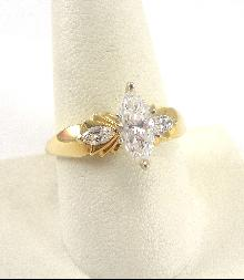 14K Yellow Gold Ring CZ Marquis Cut Size 9-3/4 Fanned Design Accent CZs