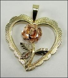 14K Yellow Rose Gold Pendant Heart Rose