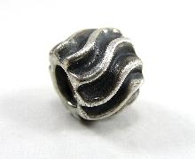 Bacio Charm Screw Bead Sterling Silver Textured Patterned European Style