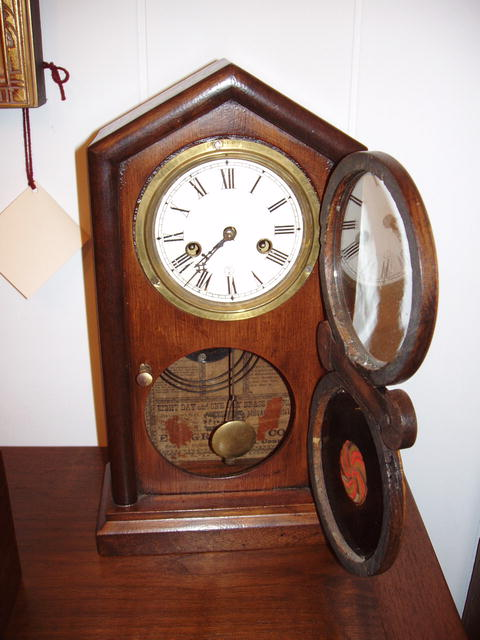 8 day mantle clock