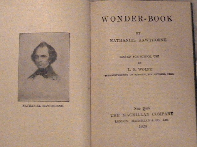 Hawthorne's The Wonder-Book  cp 1929