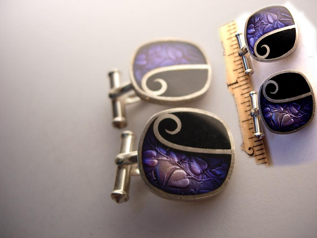 Gorgeous Sterling Enamel Signed Cufflinks Modernist relief