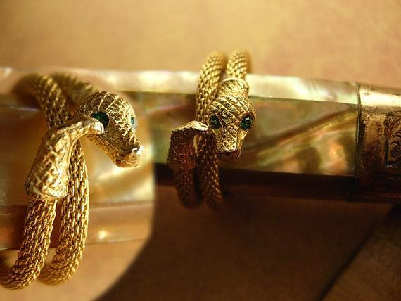 Victorian Mesh snake Snake Ring Green eyed snake charmer serpent