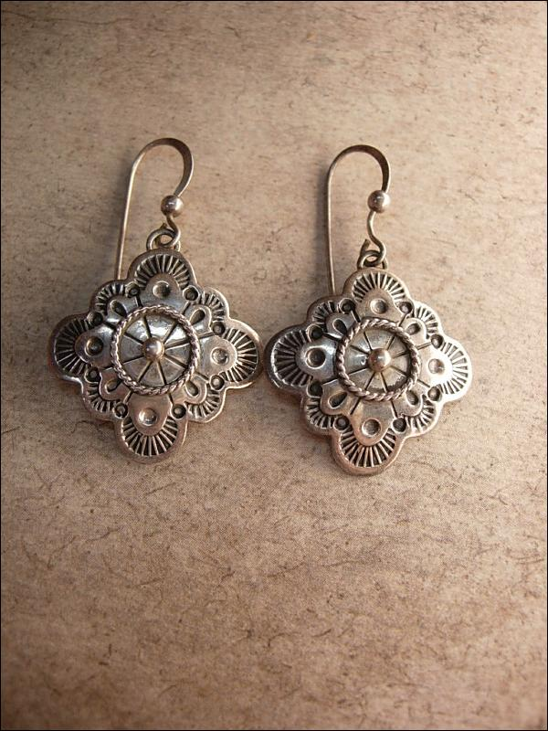 Vintage Signed Etruscan sterling earrings