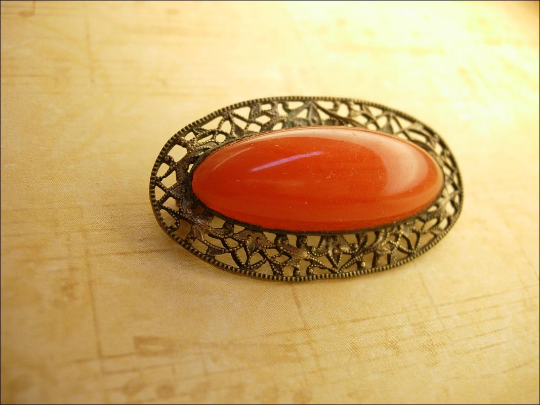 Antique Carnelian Filigree cabochon brooch