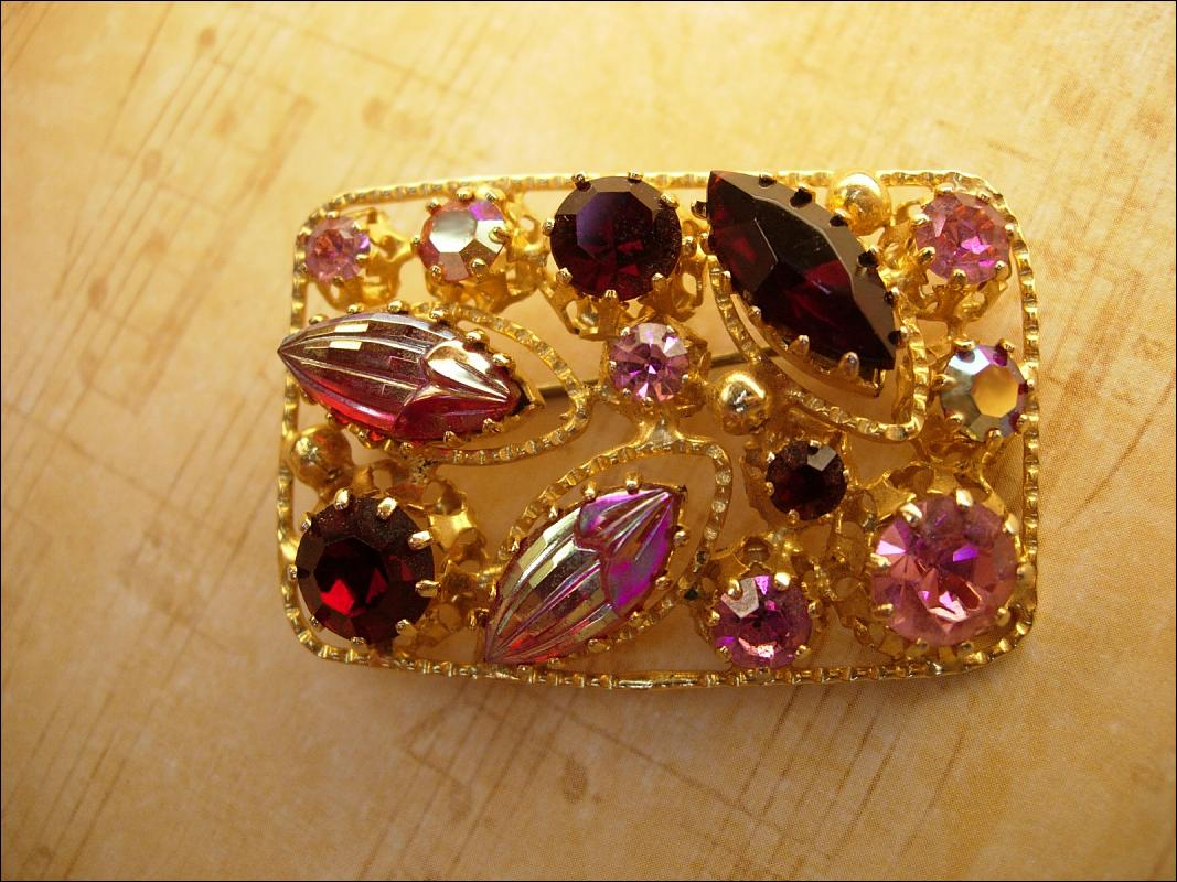 GORGEOUS Vintage PINK Fruit salad open work brooch