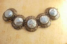 Vintage HUGE Mabe Pearl bracelet Chunky faux dimpled pearls