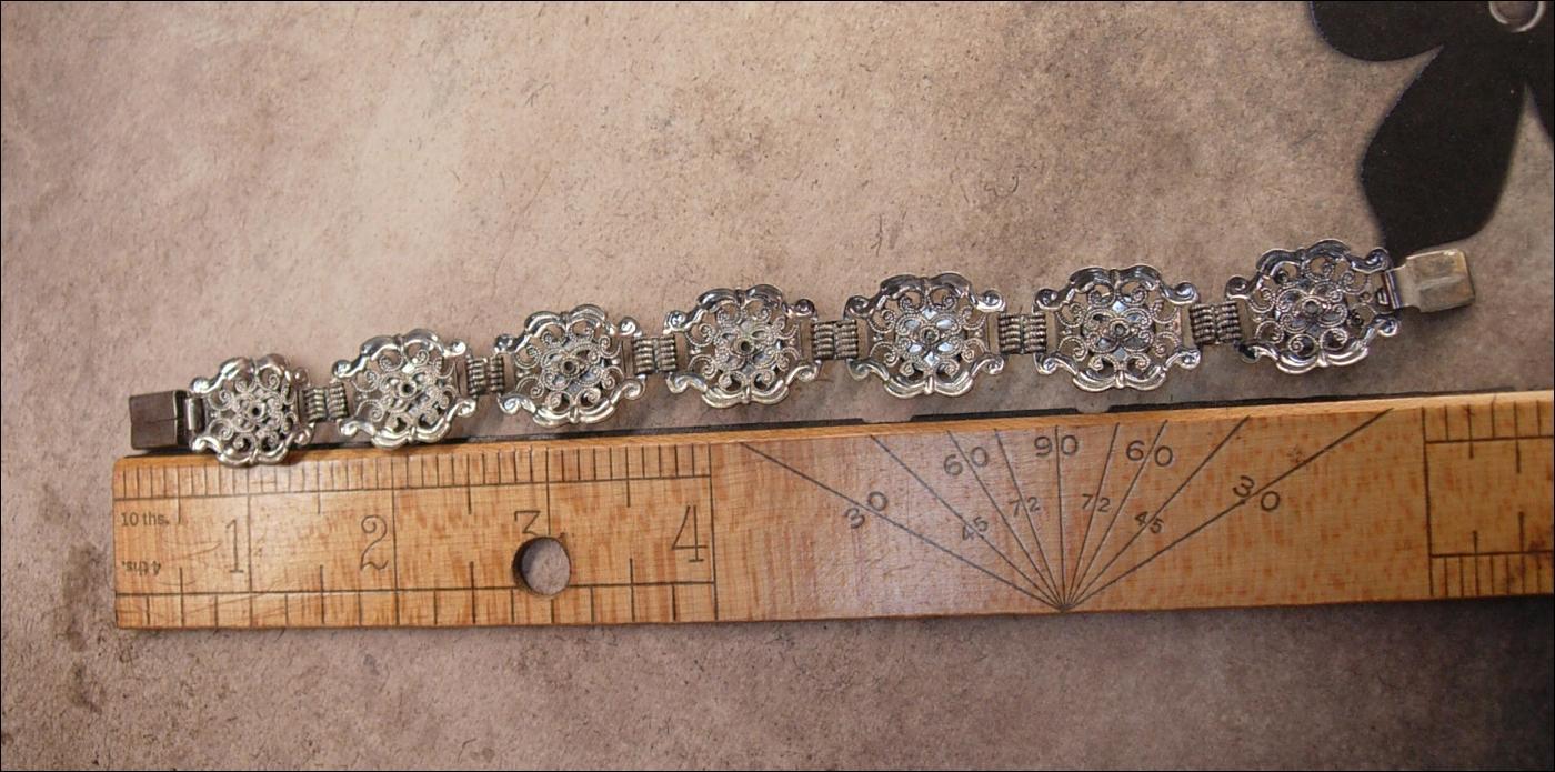 Vintage filigree bracelet cobalt porcelain flowers REALLY pretty