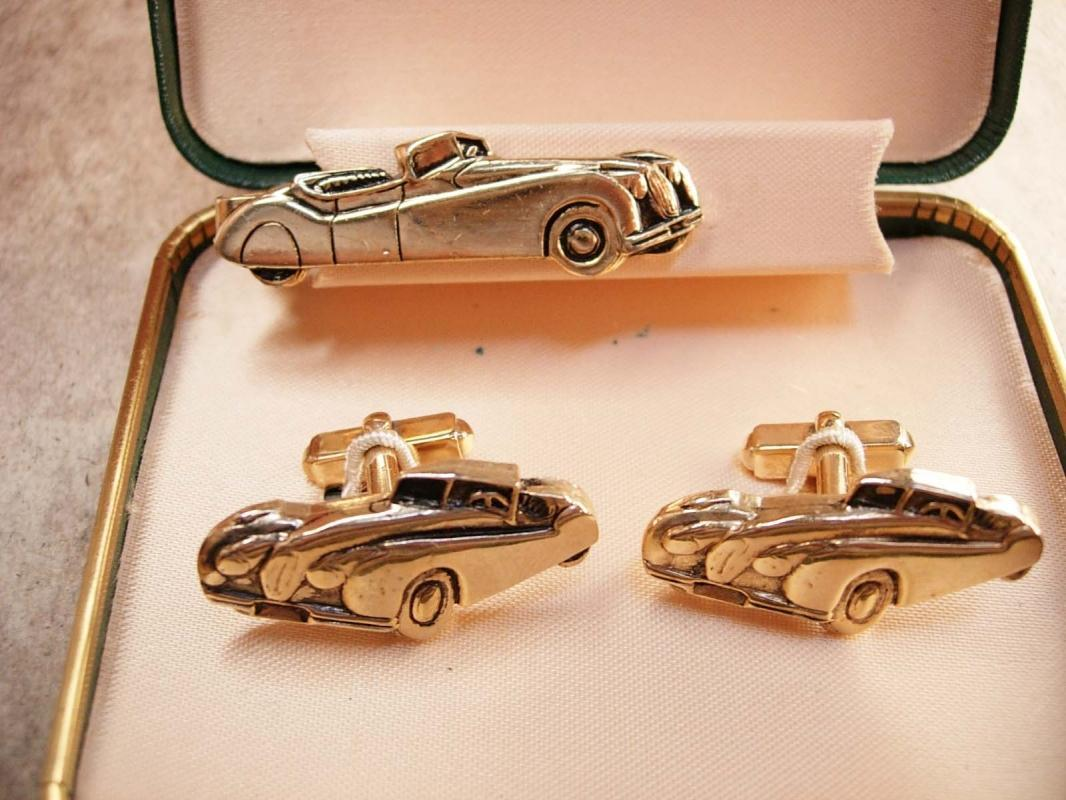 Jaguar XK120 Vintage cufflinks and Tie clip in original box Ansen cufflinks roadster sportscar cuff links