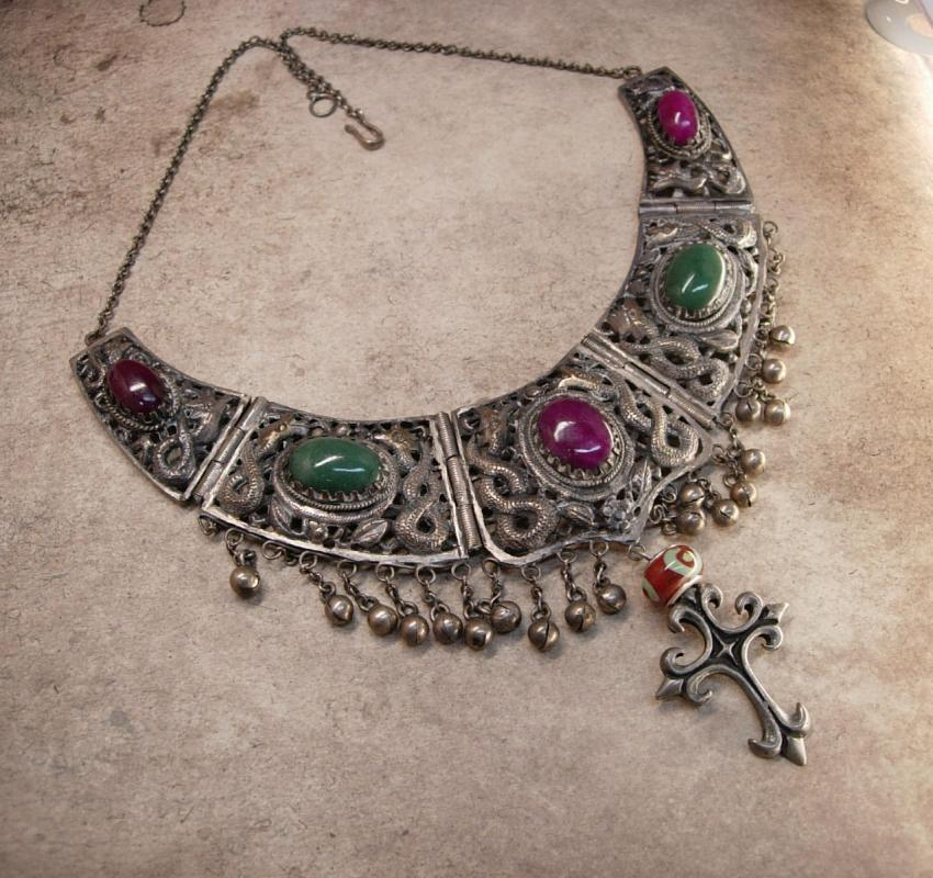 Vintage Cleopatra Snake Collar necklace Gothic Cross pendant