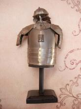 Vintage Military pol zbroja husarska Miniature Knight armour Armor ON original stand Medieval